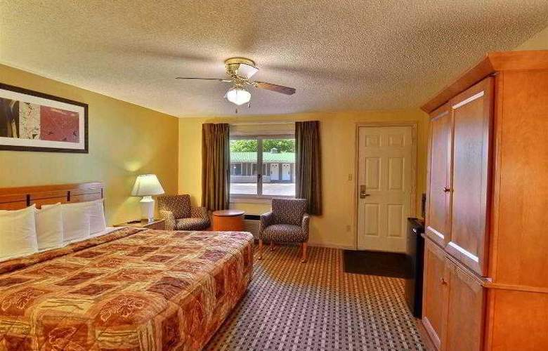 Econo Lodge Inn & Suites - Room - 21