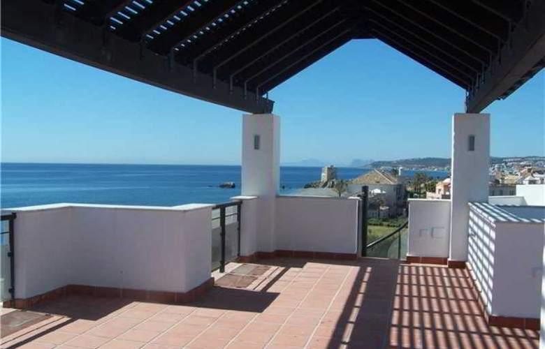 Casares Del Mar Luxury Apartments - Terrace - 4