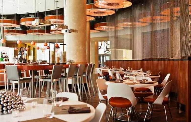Renaissance Arlington Capital View - Restaurant - 6