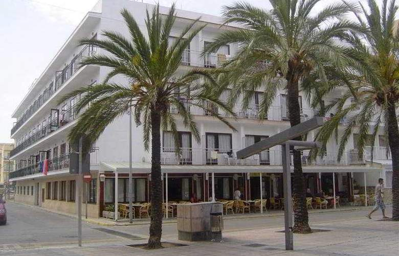 Gami Hostal - Hotel - 0