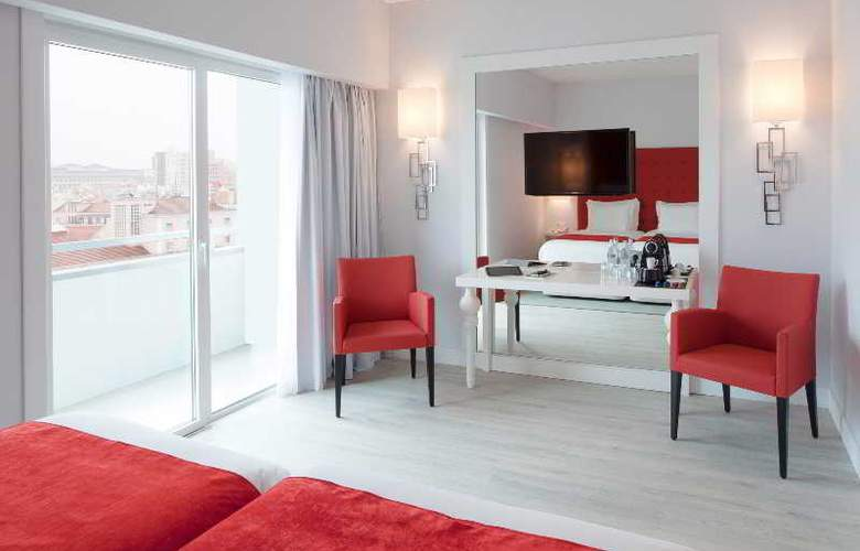 Lutecia Smart Design - Room - 9