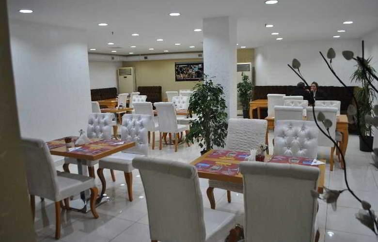 Grand Emir Hotel - Restaurant - 1