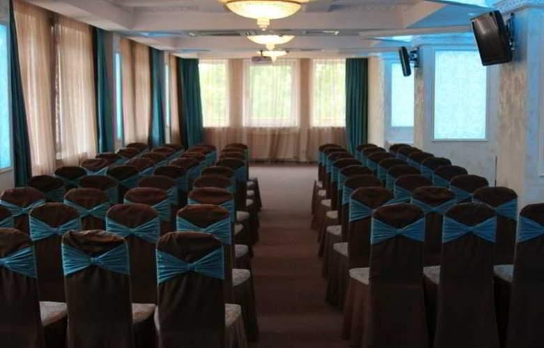 Volna - Conference - 13