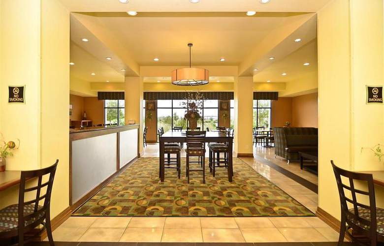 Best Western Plus Christopher Inn & Suites - Restaurant - 198
