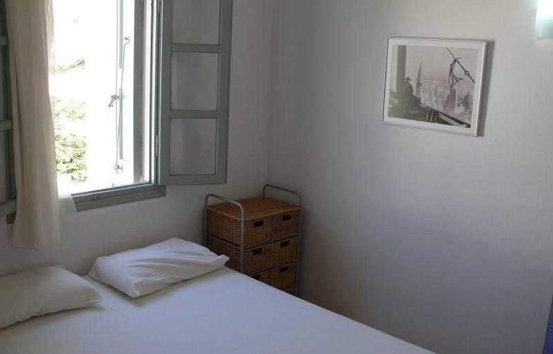 Nissia Kamares - Room - 6