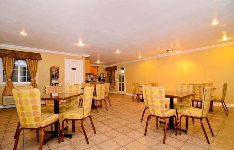 Best Western Plus Chula Vista Inn - Restaurant - 32