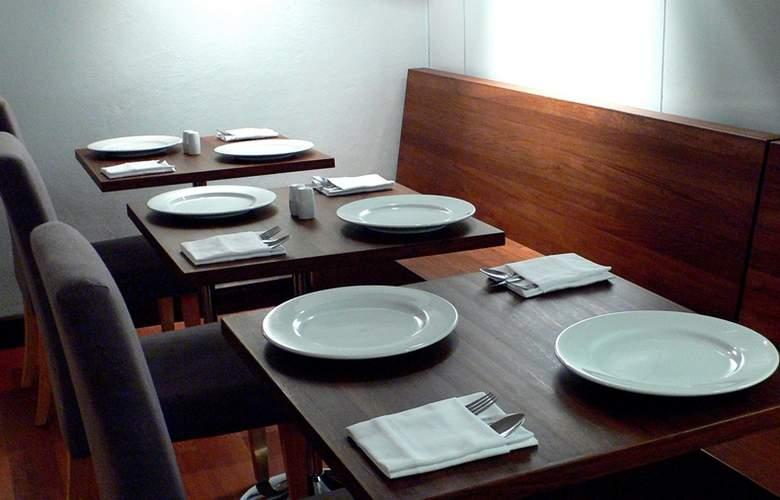 LUXX at Silom - Restaurant - 4