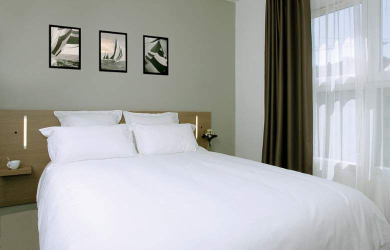 Appart City Marseille Euromed - Room - 8