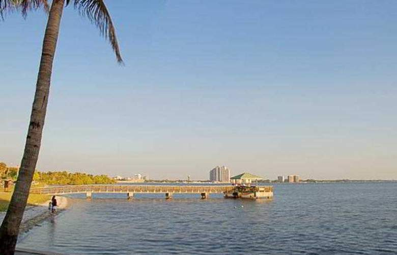 Best Western Fort Myers Waterfront - Hotel - 0