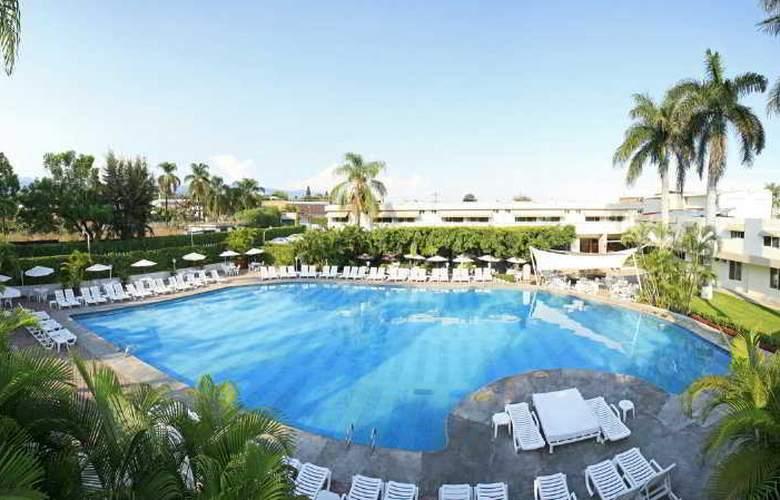 Hotel Puerta Paraiso - Pool - 0