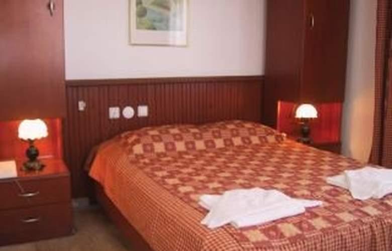 Reishan Apartment - Room - 3