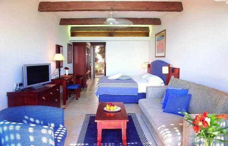 Columbia Beach Hotel - Room - 2