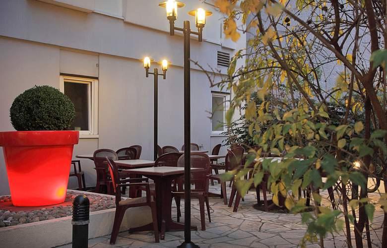 Ibis Paris Porte d'Orléans - Terrace - 5