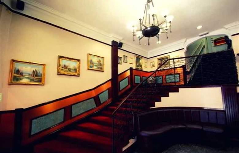 Alexander Thomson Hotel - General - 13