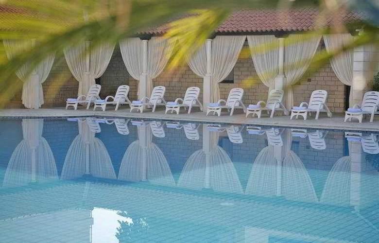 Waterman Supetrus Resort - Pool - 4