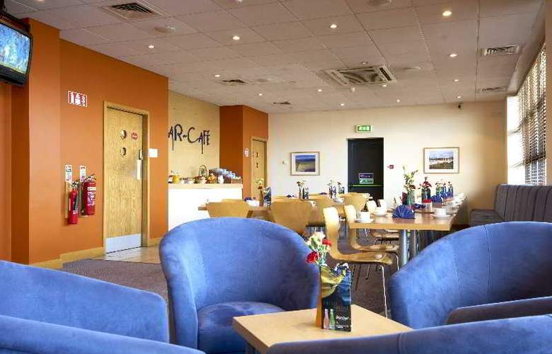 Travelodge Galway - Restaurant - 8
