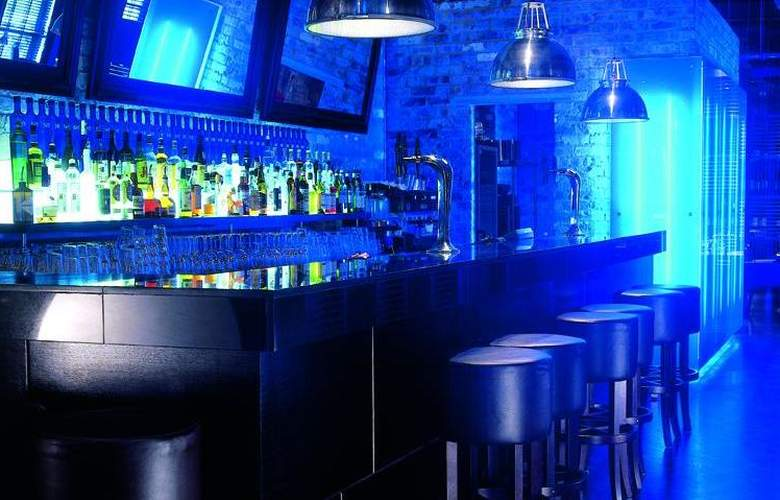 Mour Hotel - Bar - 8
