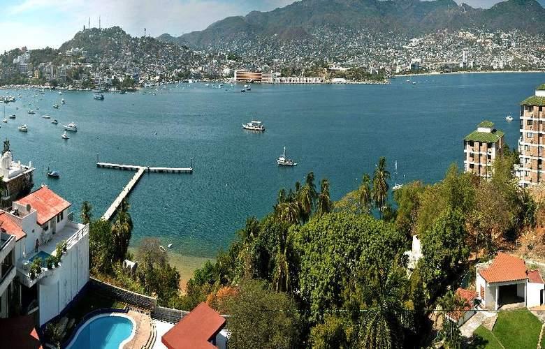 Majestic Acapulco - Pool - 16