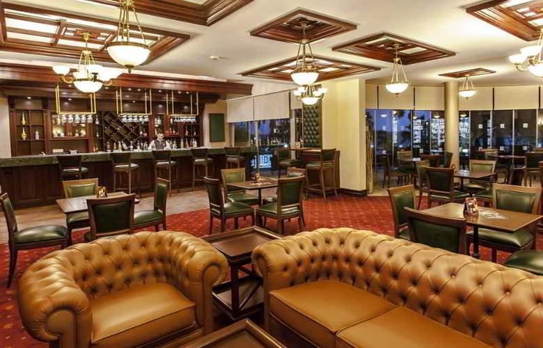 Tusan Beach Resort - Bar - 5