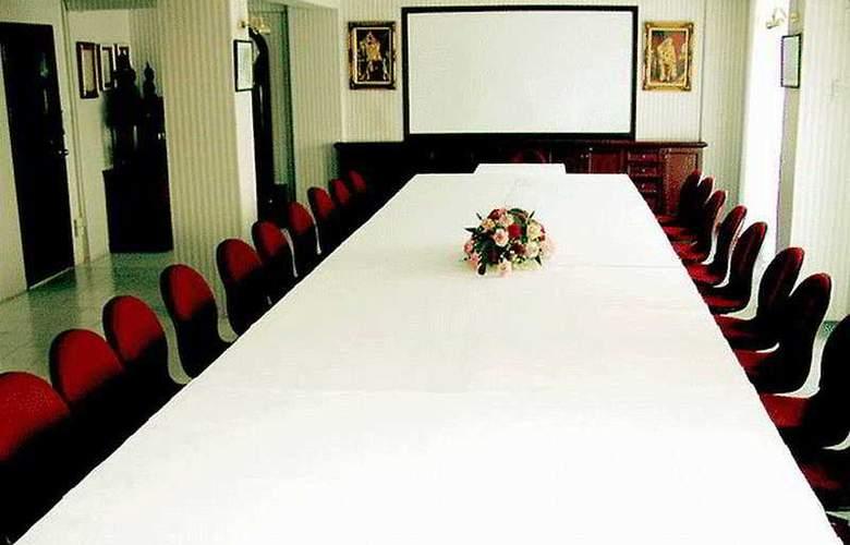 Grand Tower Inn Sukumvit 55 - Conference - 4