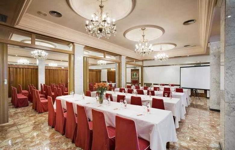 Roma - Restaurant - 5