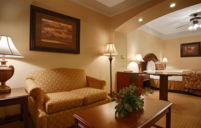 Best Western Plus Monica Royale Inn & Suites - Room - 121