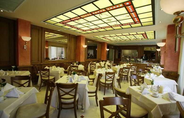 Park - Restaurant - 5