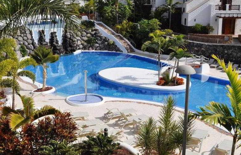 Hotel Suites Villa Maria - Pool - 18