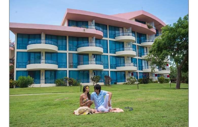 Muthu Playa Varadero - Terrace - 7