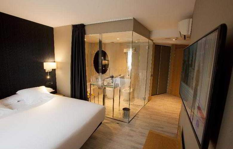 Plaza - Room - 6