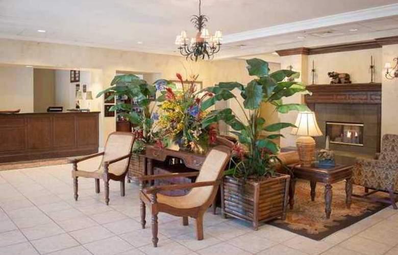 Homewood Suites by Hilton Pensacola-Arpt - Hotel - 2