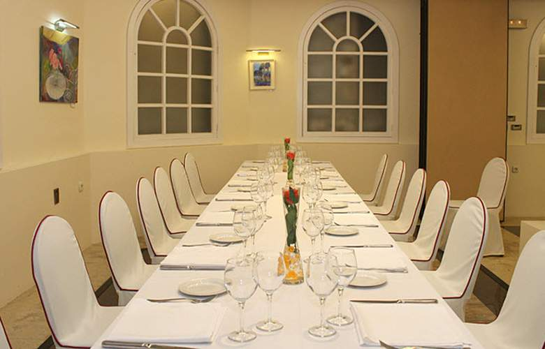 Sercotel Europa San Sebastian - Restaurant - 28