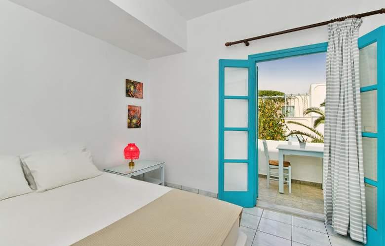 Nissia Apartments - Room - 0