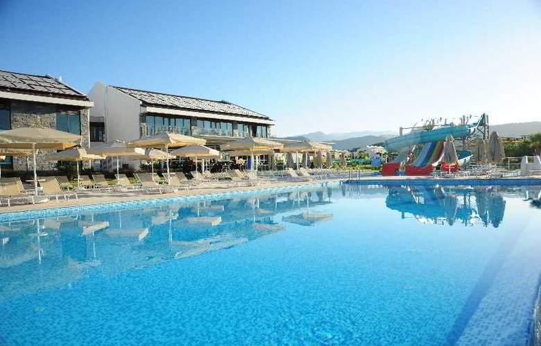 Jiva Beach Resort Fethiye - Pool - 17