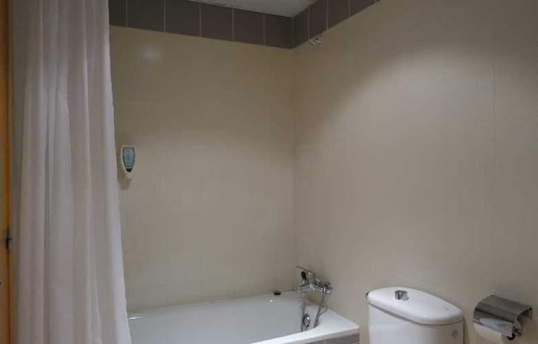 La Serrera Apartamentos - Room - 4