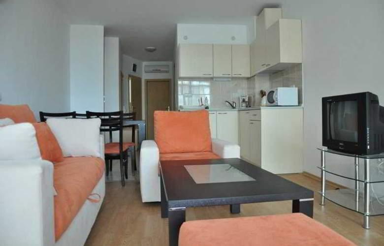 Sunny Holiday Aparthotel - Room - 6