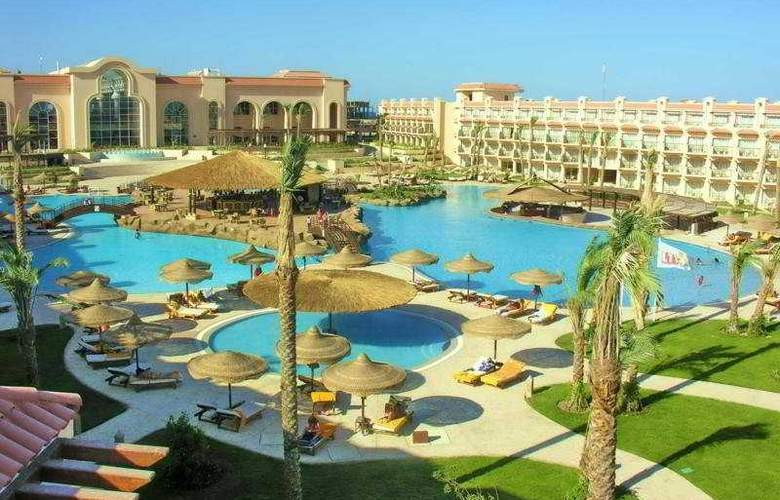 Dessole Pyramisa Beach Resort y Sahl Hasheesh - Pool - 6