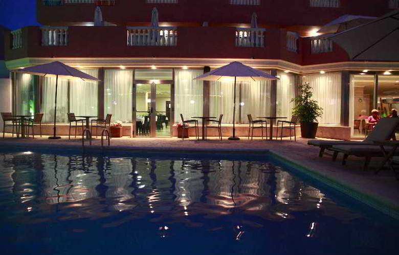 Fergus Paraiso Beach (Solo Adultos) - Hotel - 0