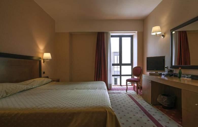 Grand Hotel La Chiusa Di Chietri - Room - 10