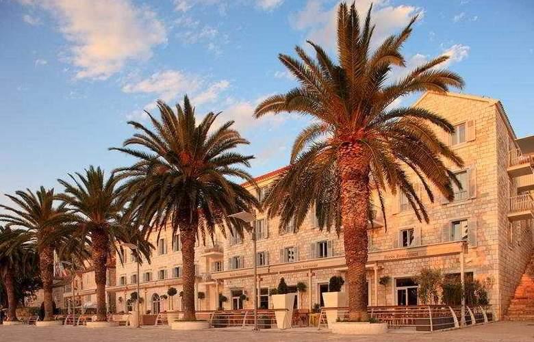 Riva, Hvar yacht harbour Hotel - General - 2