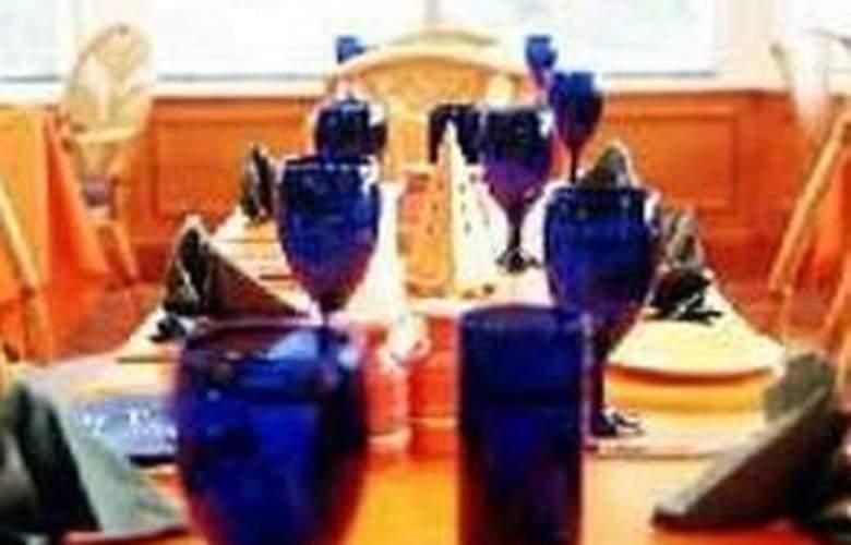Macdonald Kilhey Court - Restaurant - 5