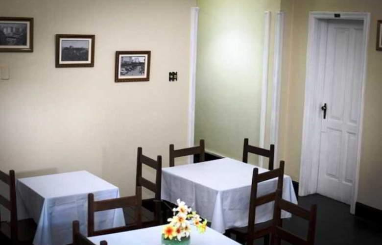 Hotel Majestyc - Restaurant - 5