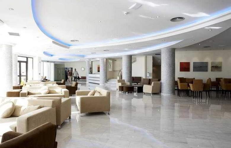 Blue Sky Beach Hotel - General - 2