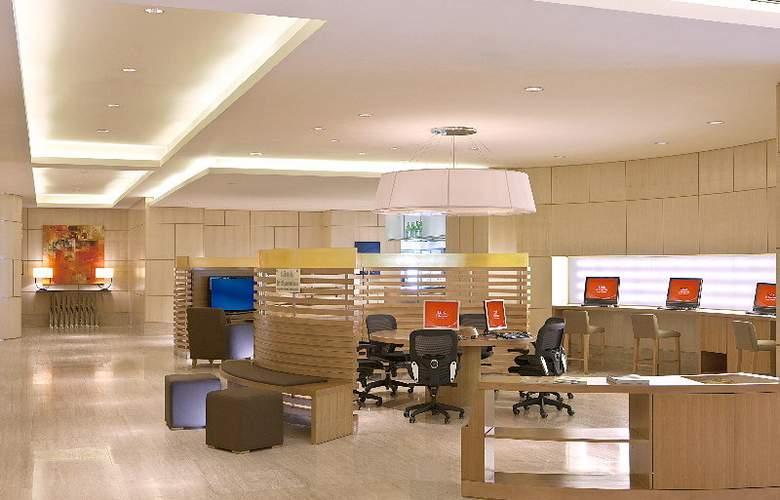 Sheraton Nha Trang Hotel and Spa - Hotel - 11