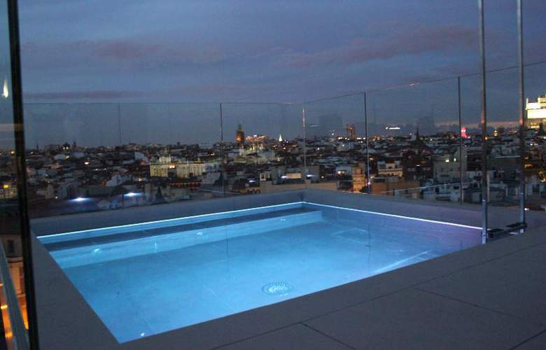 Dear Madrid - Pool - 25