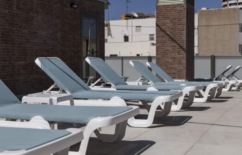 2 Sleep Estudios Benidorm - Terrace - 16