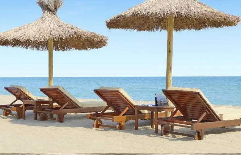 Le Meridien Ra Beach Hotel & Spa - Beach - 51