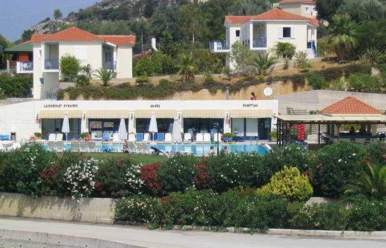 Liberatos Village - Hotel - 0