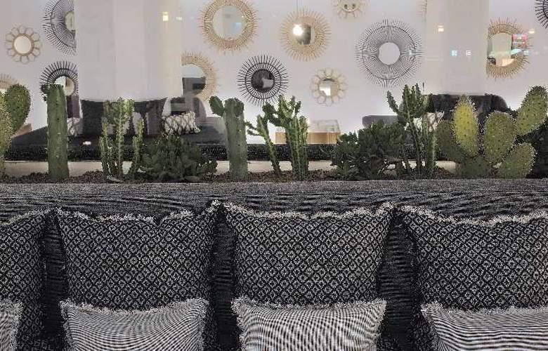 HM Balanguera Beach - Restaurant - 33