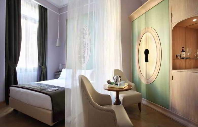 Chateau Monfort - Room - 1